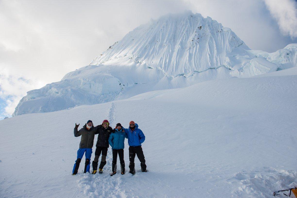 Intorsi de pe Alpamayo Cordillera Blanca 2012